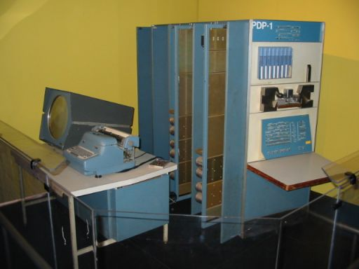 PDP-1. 1/32