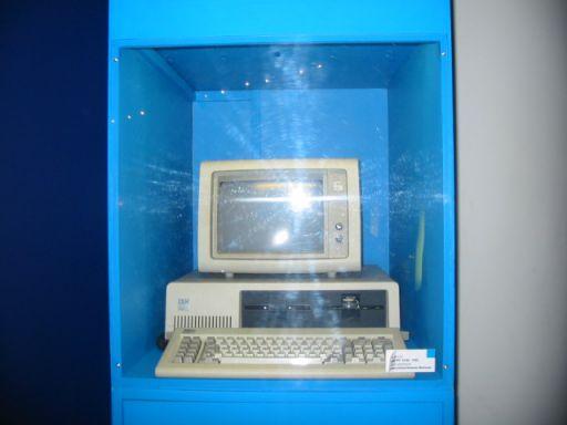 IBM pc. 19/32