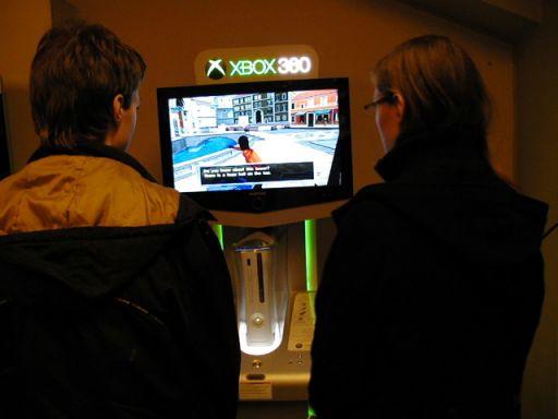 Enchanted Arms. Xbox 360 standerne var i brug under hele eventen. 20/100