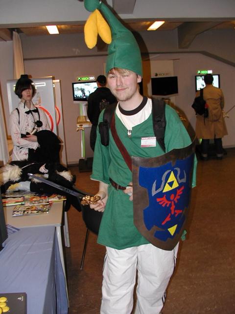 Anders fra GameZone TV som Link #1 - med en totalt sej hjemmelavet Minish Cap! 25/100