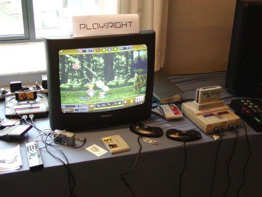 Det super chamerende <a href='info/soeg?titel=Wonder Project J&_submit=1'>Wonder Project J</a> til Super Nintendo (til højre) var et sjovt eventyr-bekendtskab, selvom ninjaspillet <a href='info/soeg?titel=Shinobi III&_submit=1'>Shinobi III</a> til Megadrive (til venstre) blev spillet oftere. 63/99