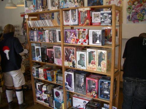 Og selvfølgelig også en helt masse forskellige anime-figurer. 9/22