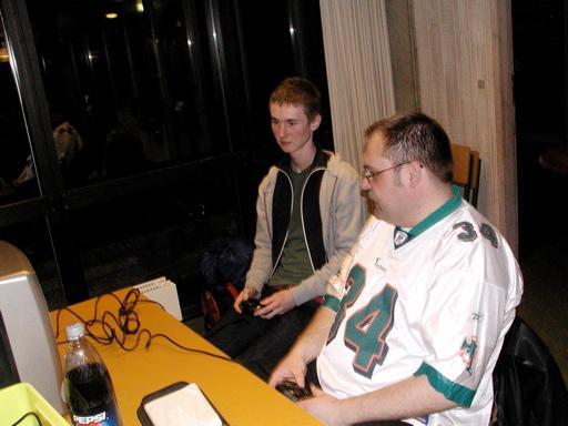Søgaard og Scavenger spiller Manx TT. 11/46
