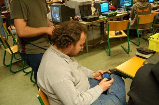 Ingen Halo gør Bede-x ked af det, og han fortrækker til en PSP. 34/44