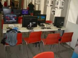 Afsluttende opsætning fredag formiddag til Copenhagen Robot. Vi var placeret i Dansk Spilråds telt, hvor vi stillede op med ti forskellige multiplayer retrospil. Her <a href='info/soeg?titel=Street Fighter III: 3rd Strike&platform=DC&param=&_submit=1'>Street Fighter III: 3rd Strike</a> til Dreamcast og <a href='info/soeg?titel=Gunstar Heroes&platform=SMD&param=&_submit=1'>Gunstar Heroes</a> til MegaDrive. 1/58