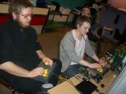 Kristensen og Alf81 med <a href='info/soeg?titel=Street Fighter III&_submit=1'>Street Fighter III</a>. 8/29