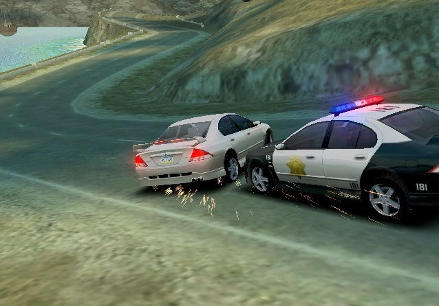 Need For Speed: Hot Pursuit 2 (GCN)   © EA 2002    4/5