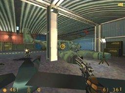 Half-Life (PS2)  © VU Games 2001   1/3