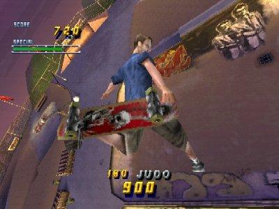 Tony Hawk's Pro Skater 2 (PS1)  © Activision 2000   4/5