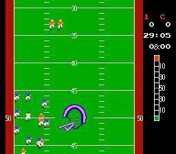 10-Yard Fight (NES)  © Nintendo 1985   2/5