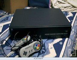 Super Famicom Box  © Nintendo   (SNES)   1/3