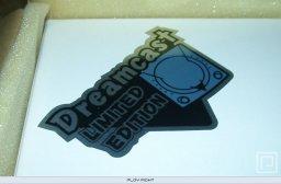 Dreamcast Pearl Blue  © Sega 2001  (DC)   2/6
