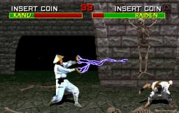 Mortal Kombat  © Midway 1992  (ARC)   3/4