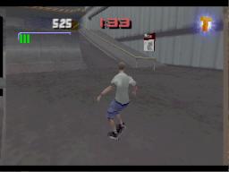 Tony Hawk's Pro Skater 3 (N64)  © Activision 2002   3/4