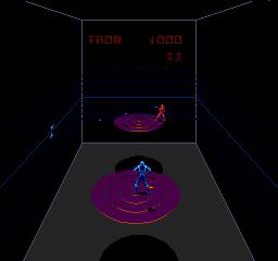 Discs Of Tron (ARC)  © Bally Midway 1983   2/3