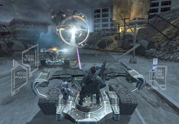Terminator 3: The Redemption (PS2)  © Atari 2004   4/6