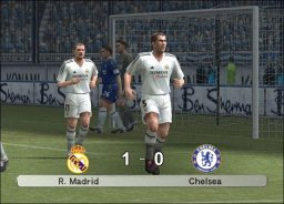 Pro Evolution Soccer 5 (XBX)  © Konami 2005   2/3