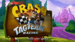 Crash Tag Team Racing (PSP)  © VU Games 2005   2/5