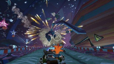 Crash Tag Team Racing (PSP)  © VU Games 2005   5/5