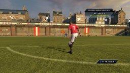 FIFA 10 (X360)  © EA 2009   1/3