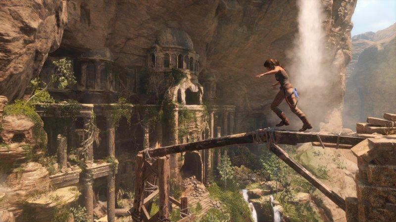 Rise Of The Tomb Raider (XBO)  © Square Enix 2015   4/6