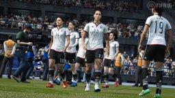FIFA 16 (PS4)  © EA 2015   2/6