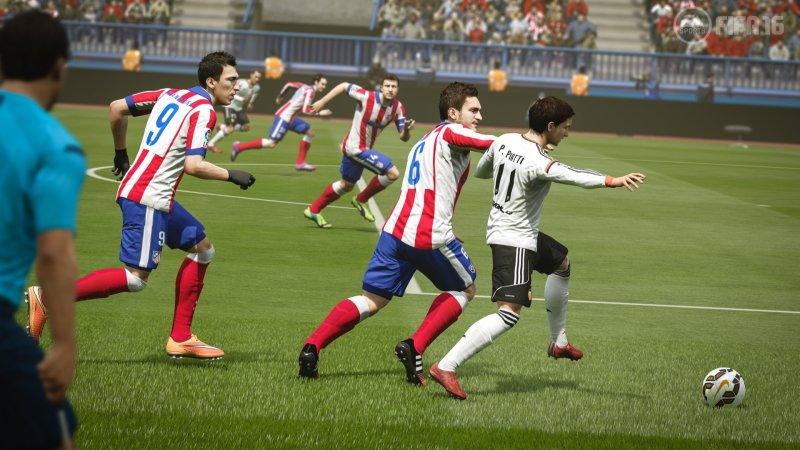 FIFA 16 (PS4)  © EA 2015   5/6