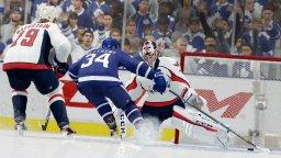 NHL 18 (PS4)  © EA 2017   1/4