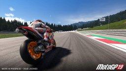 MotoGP 19 (PS4)  © Milestone S.r.l. 2019   2/4