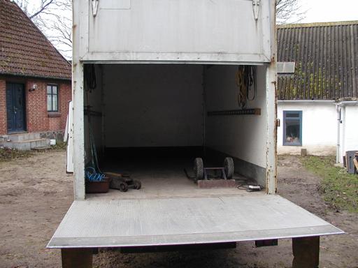 Dog måtte en del mindre ting så transporteres tilbage til os selv, for at vi kunne få plads til de ekstra ting. 40/43