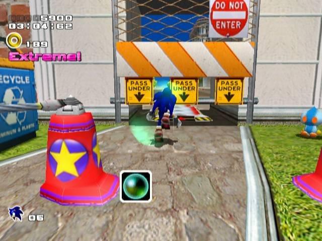 Sonic Adventure 2 (DC)  © Sega 2001   10/14