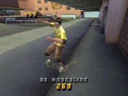 Tony Hawk's Pro Skater 2 (PS1)  © Activision 2000   3/5