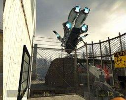 Half-Life 2 (PC)  © VU Games 2004   2/6