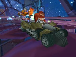 Crash Tag Team Racing (XBX)   © VU Games 2005    2/3