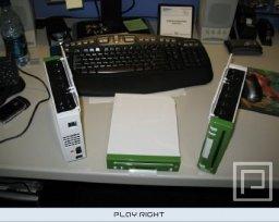 Nintendo Wii Development Kit (Green and White)  © Nintendo 2006  (WII)   3/5