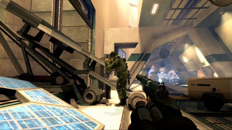 GoldenEye 007: Reloaded (X360)  © Activision 2011   4/7