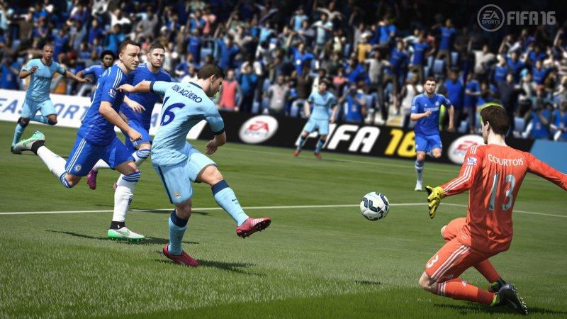 FIFA 16 (PS4)  © EA 2015   4/6